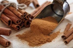 10 nieoczywistych zastosowań cynamonu - wypróbuj je już dziś [Cynamon, © gioiak2 - Fotolia.com]