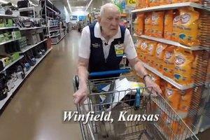 103-latek najstarszym pracownikiem USA [fot. Loren Wade / Youtube]