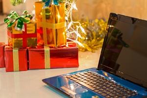 2 grudnia - Dzień Darmowej Dostawy 2014 [© sutichak - Fotolia.com]