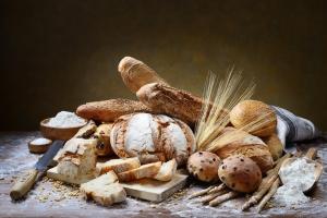 3 składniki, czyli z czego piecze się prawdziwy chleb [Fot. fabiomax - Fotolia.com]