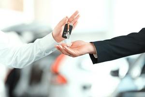 4 rzeczy o których warto pamiętać przy zakupie samochodu [© zinkevych - Fotolia.com]