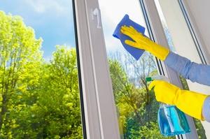 5 mitów na temat mycia okien [© Vitaliy Hrabar - Fotolia.com]