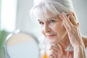 5 sposobów na poprawę owalu twarzy [Fot. goodluz - Fotolia.com]
