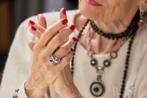 5 tajemnic pięknych dłoni  [Fot. DenisProduction.com - Fotolia.com]