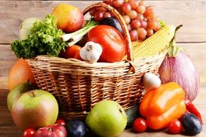 6 najcenniejszych darów jesieni - warzywa i owoce [© Africa Studio - Fotolia.com]