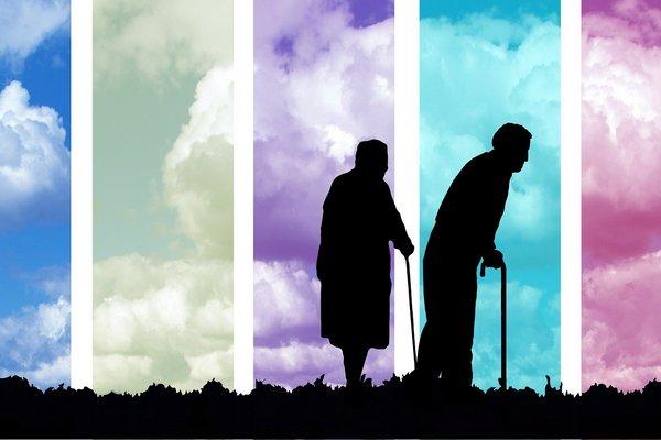 Ageizm na świecie - dyskryminacja seniorów skraca im życie [fot. Gerd Altmann from Pixabay]