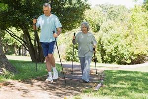 Aktywni po sześćdziesiątce. Jak ćwiczyć, by zachować zdrowie? [© WavebreakMediaMicro - Fotolia.com]