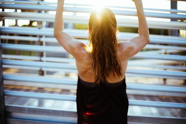 Aktywność fizyczna pomaga zachować masę mięśniową w czasie menopauzy [fot. StockSnap from Pixabay]