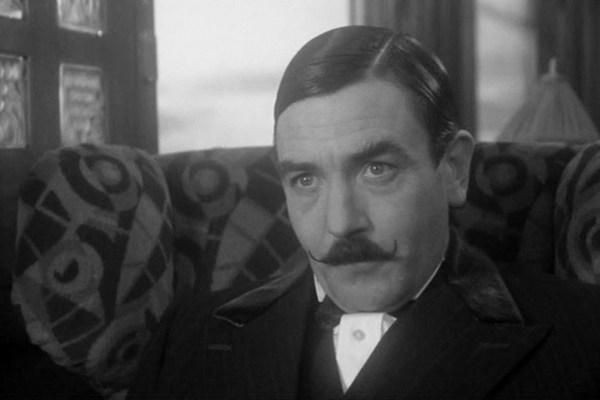 Albert Finney fot. Warner
