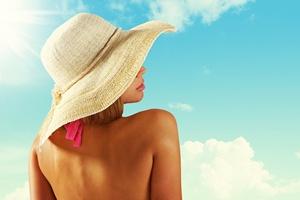 Alergia słoneczna. Jak rozpoznać i zapobiegać? [© stokkete - Fotolia.com]