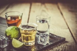 Alkohol przedłuży życie. O ile pije się go w umiarkowanych ilościach [Fot. anaumenko - Fotolia.com]