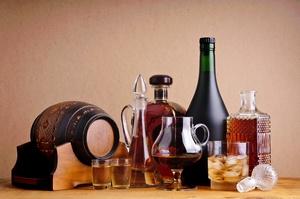 Alkohol przełącza osobowość [© draghicich - Fotolia.com]