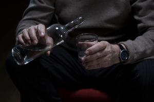Alkohol wpędzi cię w demencję [Fot. Photographee.eu - Fotolia.com]