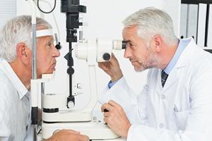 Alzheimera pomo�e wykry�... badanie oczu [© WavebreakMediaMicro - Fotolia.com]