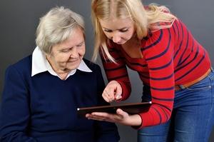 Aplikacje mobilne sposobem na poprawę opieki nad chorymi na demencję [© itsmejust - Fotolia.com]