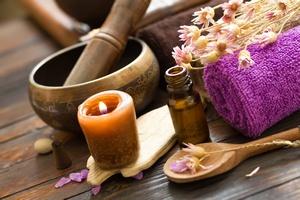 Aromaterapia na bezsenność [© Sea Wave - Fotolia.com]