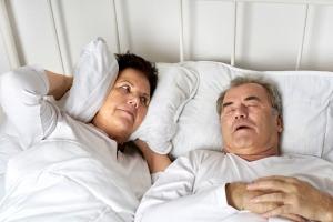 Bezdech senny prowadzi do choroby Alzheimera? [Fot. Jenny Sturm - Fotolia.com]