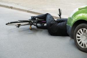 Bezpieczeństwo rowerzystów w 6 krokach [Fot. Andrey Popov - Fotolia.com]