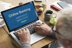 Bezpieczna e-bankowość. Jak płacić kartą, robić przelewy i sprawdzać stan konta? [© Rawpixel.com - Fotolia.com]