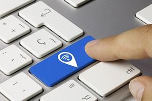 Bezpieczna sieć Wi-Fi w 10 krokach [© momius - Fotolia.com]