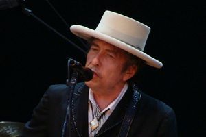 Bob Dylan laureatem Literackiej Nagrody Nobla 2016  [Bob Dylan, fot. Alberto Cabello from Vitoria Gasteiz, CC BY 2.0,  Wikimedia Commons]