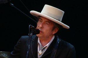 Bob Dylan, fot. Alberto Cabello from Vitoria Gasteiz, CC BY 2.0,  Wikimedia Commons