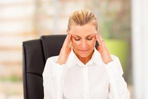 Ból głowy - migrena czy rwa twarzowa? [© michaeljung - Fotolia.com.com]