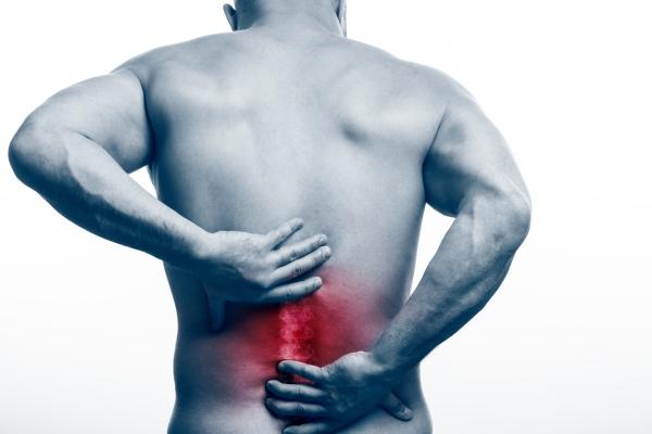 Ból pleców a ryzyko śmierci [Fot. Fotolia_196433928_Witalij Sowa - Fotolia.com]