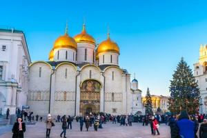 Boże Narodzenie w kościoławch wschodnich [Cerkiew, © den781 - Fotolia.com]