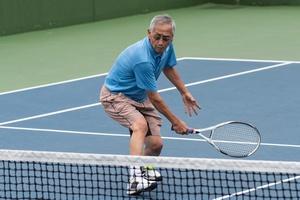 Chcesz dłużej żyć? Graj w tenisa lub w gry zespołowe [fot. motionshooter - Fotolia.com]