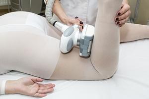 Chcesz mieć piękne nogi? Pozbądź się tłuszczu i... wody   [© lester120 - Fotolia.com]