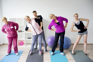 Chcesz się zdrowo starzeć? Musisz ćwiczyć godzinę dziennie [Fot. Nichizhenova Elena - Fotolia.com]