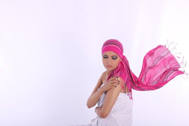 Chemioterapia - odkryto skuteczny sposób, by zachować włosy [fot. risthianelouback0 from Pixabay]