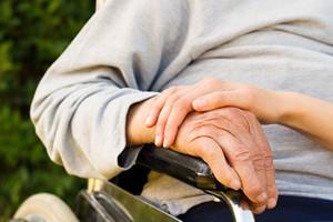 Choroby neurodegeneracyjne - opieka nad chorym [WYWIAD] [Opieka, © Barabas Attila - Fotolia.com]