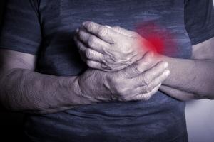 Choroby reumatyczne - pomoÅźe odrobina alkoholu? [Fot. hriana - Fotolia.com]