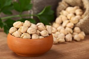 Ciecierzyca: skarb nie tylko wegetarian [Ciecierzyca, © Ildi - Fotolia.com]