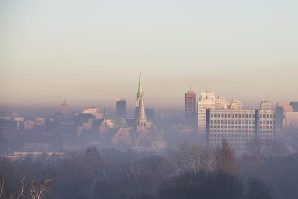 Co czwarty Polak uważa, że smog występuje tylko w dużych miastach [Fot. whitelook - Fotolia.com]