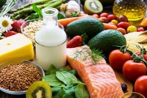 Co jeść, by długo żyć? [Fot. Daniel Vincek - Fotolia.com]