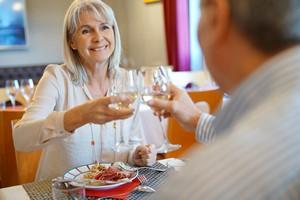 Co robić, by częściej chodzić na randki i mieć większe szanse na nowy udany związek [© goodluz - Fotolia.com]