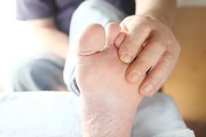 Cukrzyca. Jak właściwie pielęgnować stopy? [© nebari - Fotolia.com]
