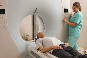 Częsty ból głowy: rezonans magnetyczny może ujawnić przyczyny [© jovannig - Fotolia.com]