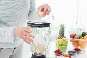 Czy blender jest w kuchni naprawdę potrzebny? [Fot. StockPhotoPro - Fotolia.com]
