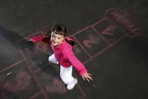 Czy kiedyś dzieci były szczęśliwsze? [©  stefcervos - Fotolia.com]