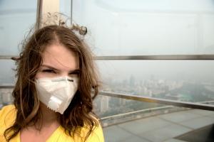 Czy maski antysmogowe mogą szkodzić zdrowiu? [Fot. Sved Oliver - Fotolia.com]