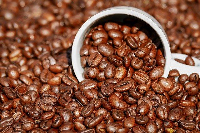 Czy moÅźna pić kawę na pusty Åźołądek [fot. Couleur from Pixabay]