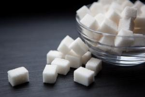Czy przesadzanie z cukrem powoduje cukrzycę? [Fot. justesfir - Fotolia.com]