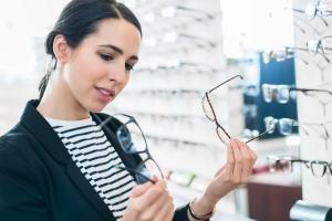 Czy twoje okulary są bezpieczne? [Fot. Kzenon - Fotolia.com]