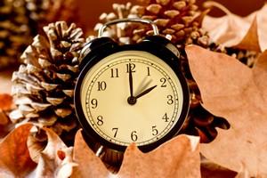 Czy zmiana czasu ma jeszcze sens? [Zmiana czasu, © nito - Fotolia.com]