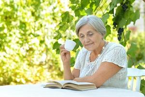 Czytanie książek pomaga ograniczać skutki choroby Alzheimera? [© aletia2011 - Fotolia.com]