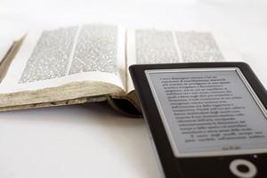 Czytnik e-booków: na co zwrócić uwagę przy zakupie? [© digitaldictator - Fotolia.com]